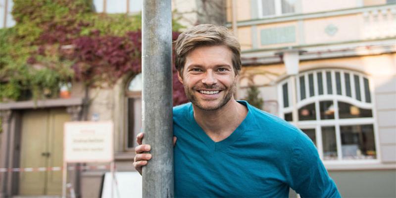 Felix Maximilian, Schauspieler der Lindenstraße, unterstützt die Off Road Kids Stiftung